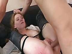 Sexy beauty enjoys spreading for horny young hunk