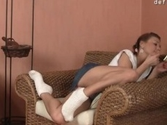 Cute gal feels a dick unfathomable in all directions her snatch for burnish apply 1st time